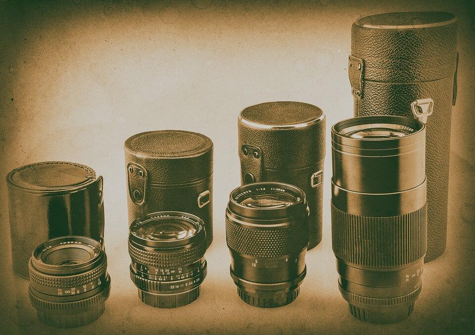 Agar Tetap Aman, Yuk Cari Tahu Cara Membawa Kamera saat Naik Gunung