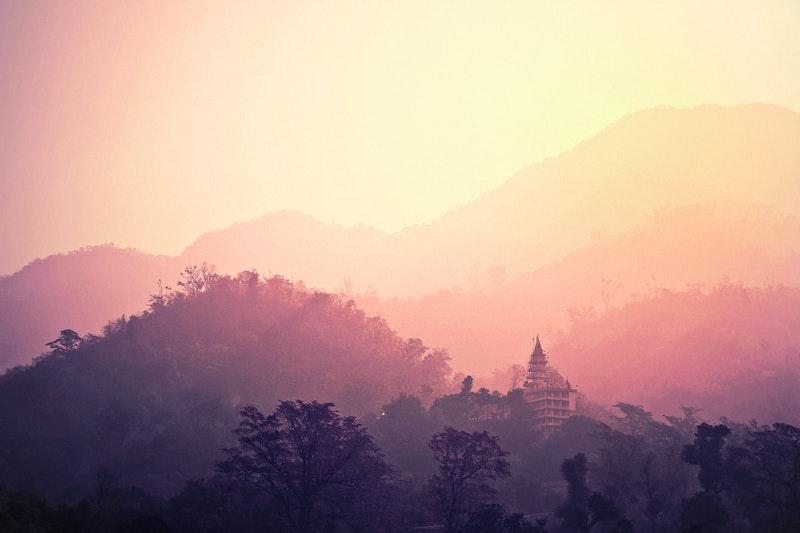 Mengulik Kecantikan Bukit Kelam, Sang Batu Tertinggi Di Dunia